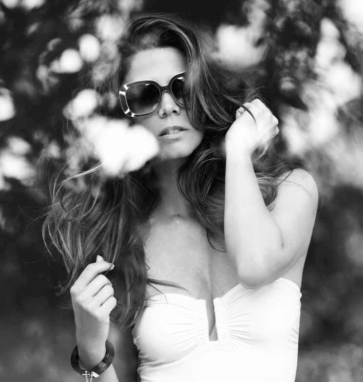 Juana Acosta en el InStyle de Agosto